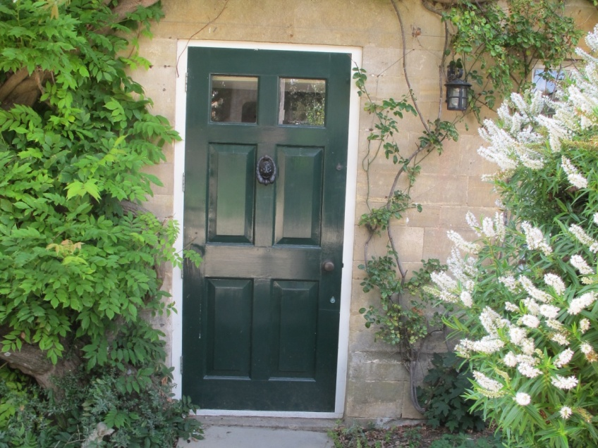 Overbury Property Details -