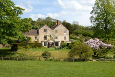 A Beautiful Overbury Home
